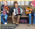 impromptu music session at Sidmouth Folkweek
